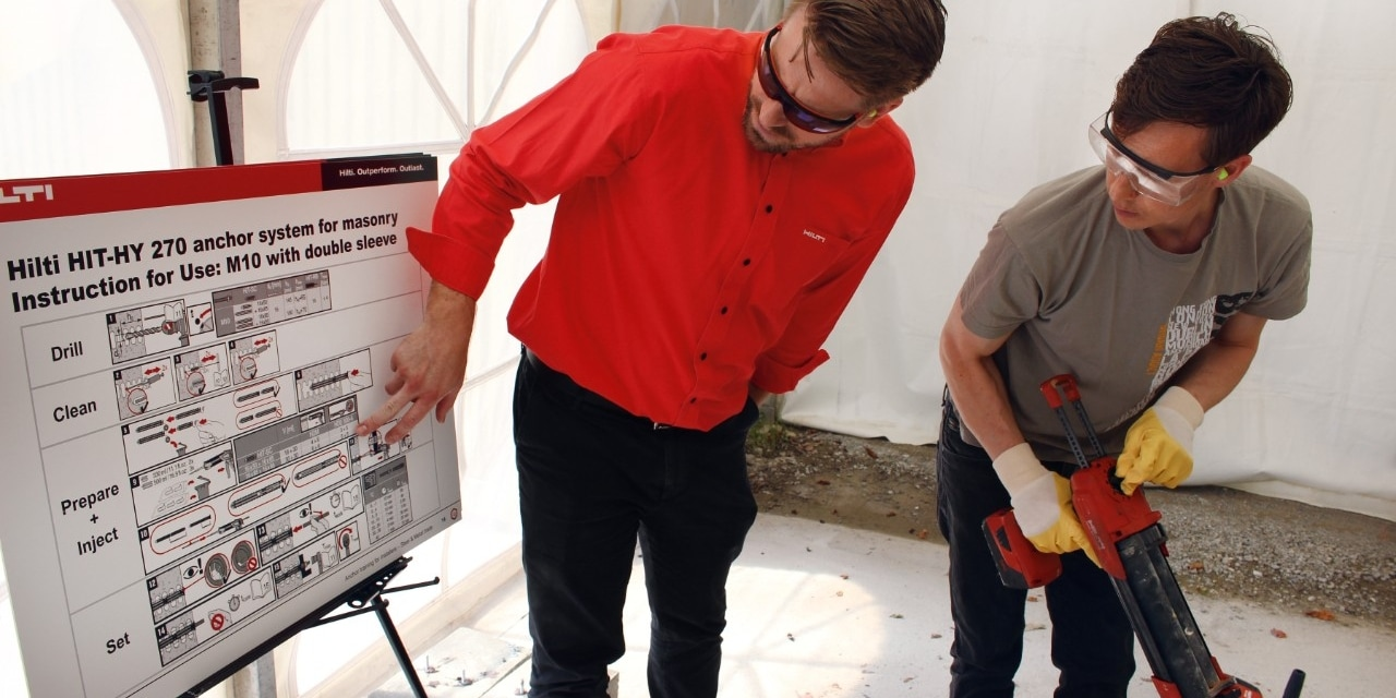 Hilti installers training for modular support systems